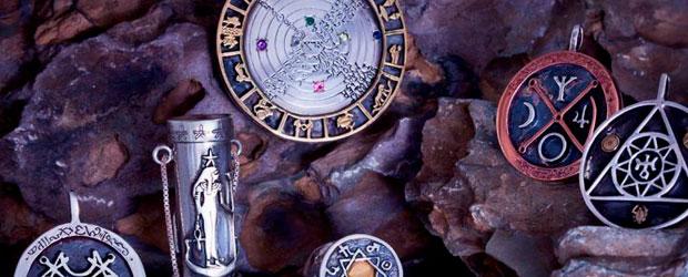 Talismanes Mágicos y amuletos de la suerte maria galilea tarot españa