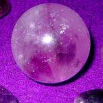 Adivinación usando cristales mágicos: cómo utilizar las piedras preciosas para la adivinación